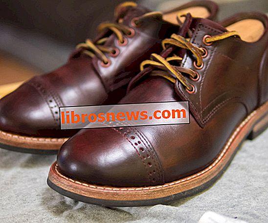 Dye Sepatu Anda (atau Barang Kulit Lainnya)