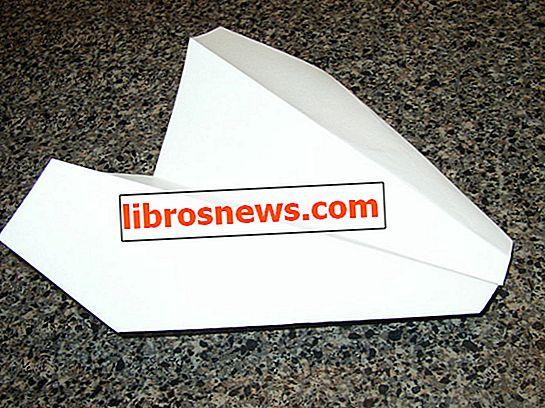Planeador de papel de larga distancia
