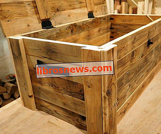 Aufgearbeitete Holzkiste